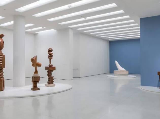 Installation view: Guggenheim Collection: Brancusi, Solomon R. Guggenheim Museum, New York