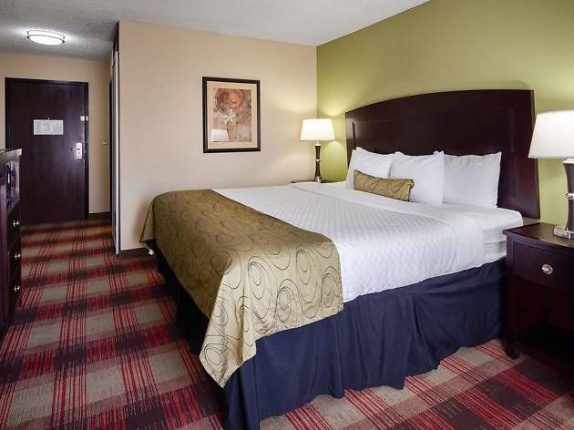 Best Western Plus Addison Galleria Hotel