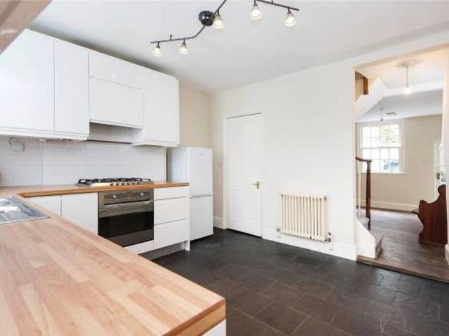 Charming two bed townhouse in King's Cross