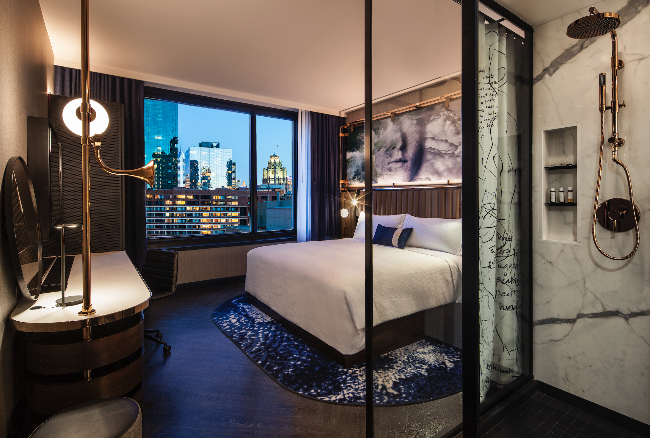 Chicago Boutique Hotel With Robot Room Service