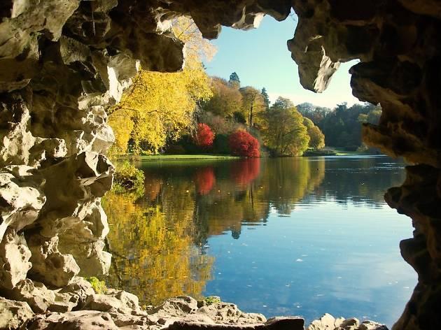 Stourhead Wiltshire - autumn day trips for kids