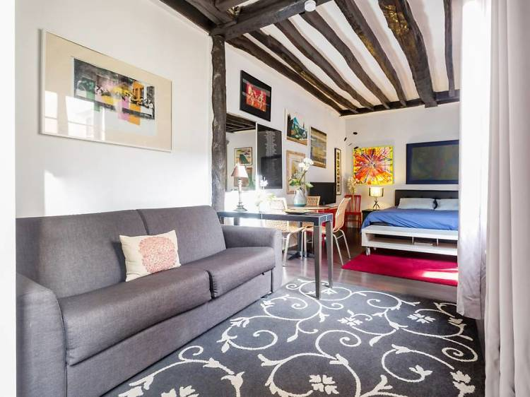 Studio apartment, Le Marais