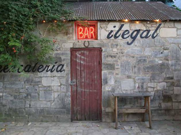 Bar Ilegal