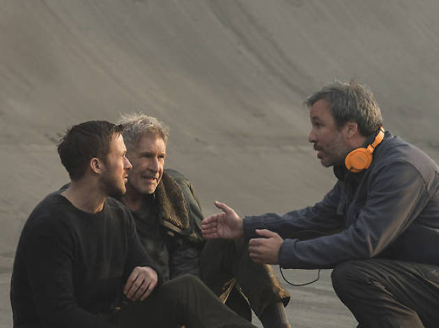 Villeneuve directing Ford and Gosling in Blade Runner 2049