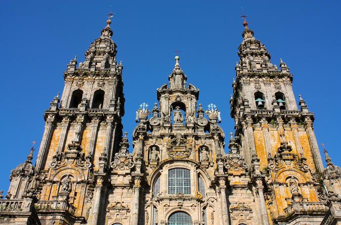 Day Trip: Santiago de Compostela and Valença do Minho