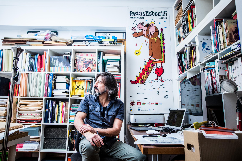 """Nuno Saraiva: """"Há desenhos em que ainda me pedem para subir o decote"""""""
