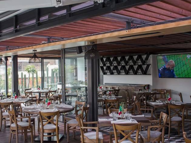 Domingo Santo Rooftop Bar