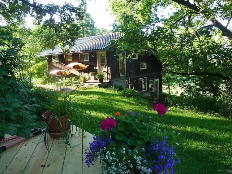 Scenic countryside studio