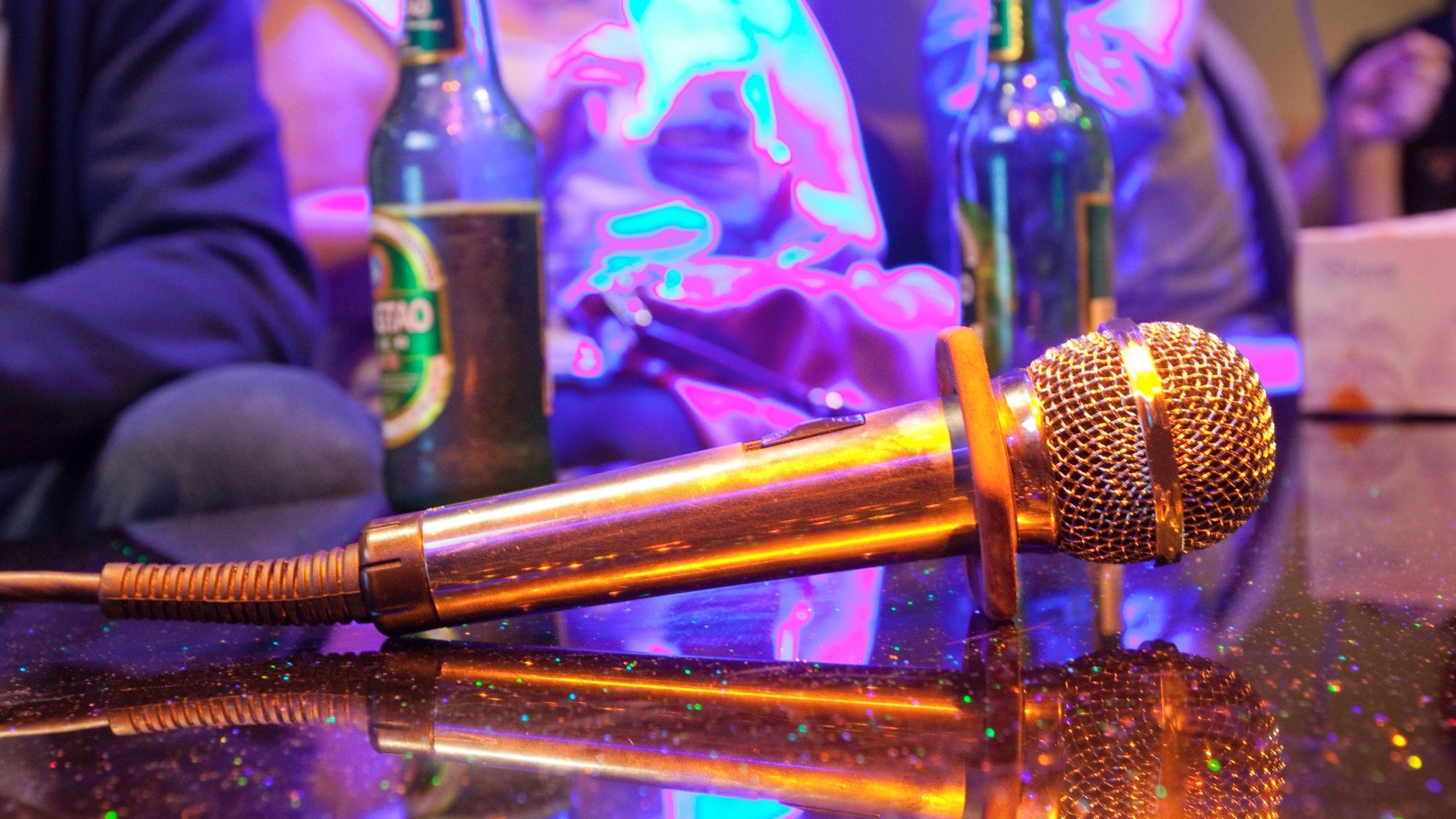Microphone at Big Echo