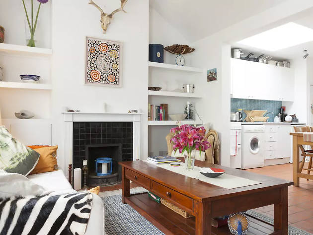 Best Airbnbs Dublin- Romantic artisan cottage