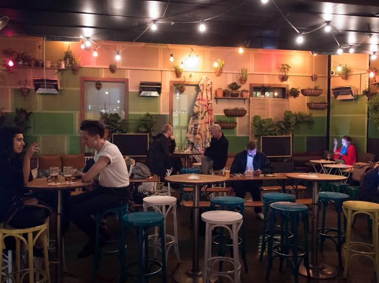 Darlo Bar – Wednesday, 7.30pm