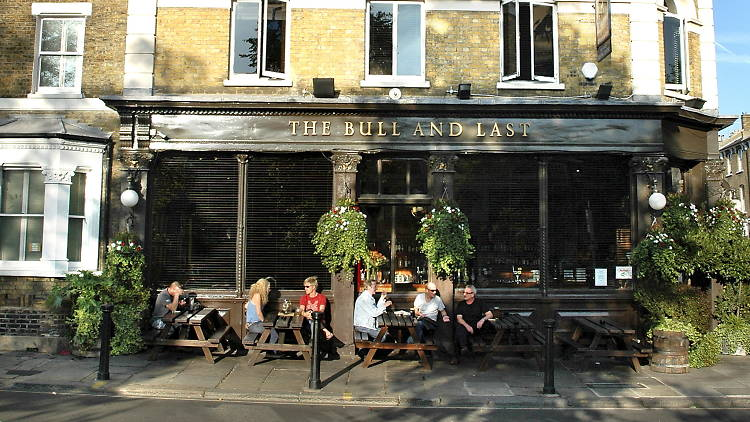 best family-friendly pubs, bull & last