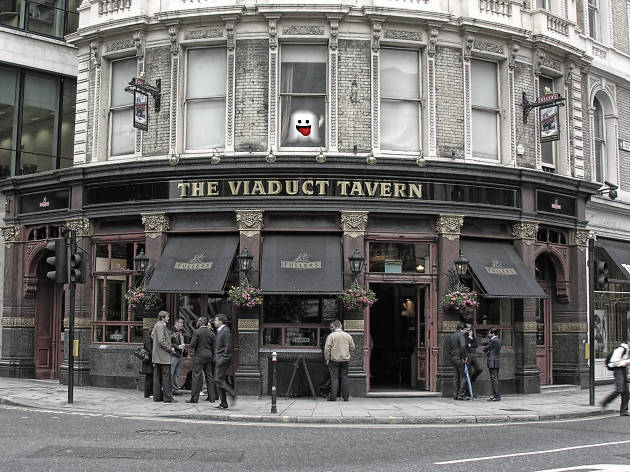 haunted pubs, viaduct tavern