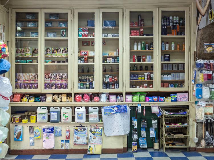 Lojas tradicionais: drogarias