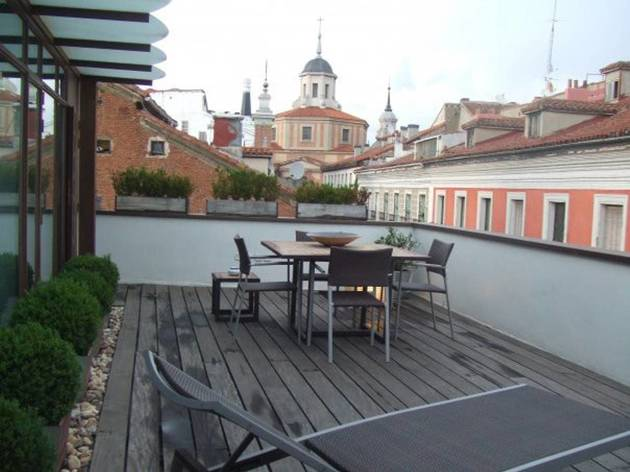 Apartment with outdoor terrace in the museums district