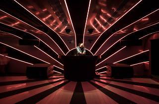 yojimbo interior DJ