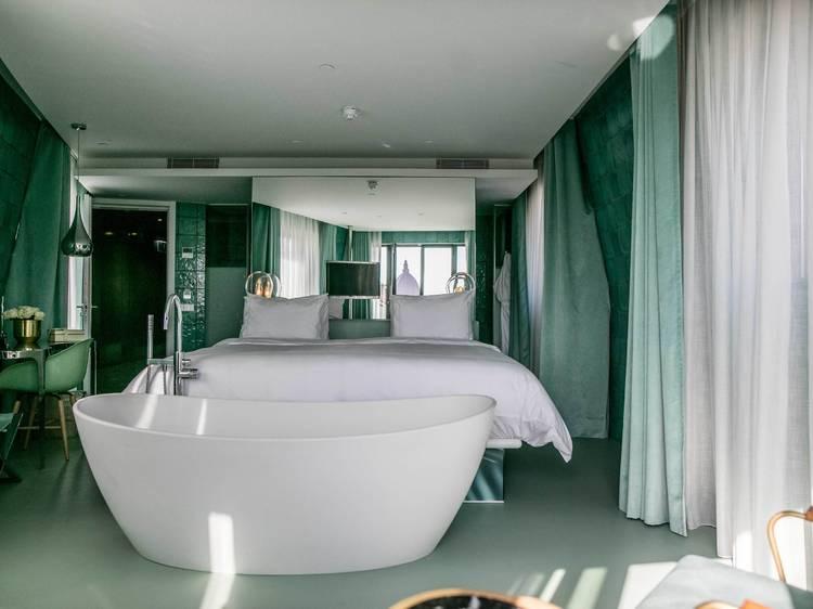 Prime bathtub do WC Beautique Hotel Collection