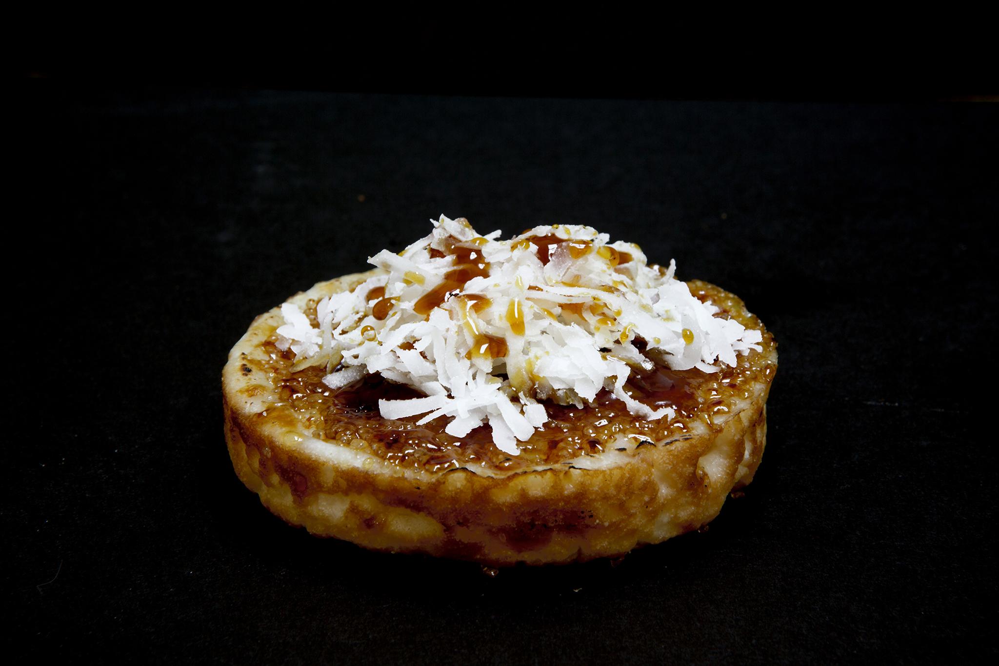 Java palm sugar kue pancong at Moon Man