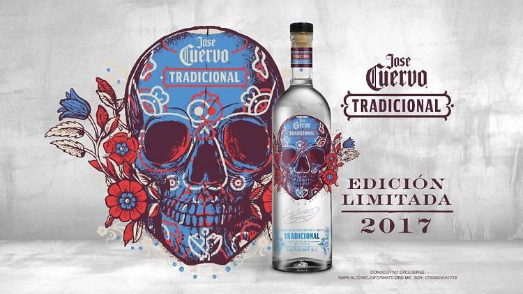 Cuervo Tradicional nueva botella