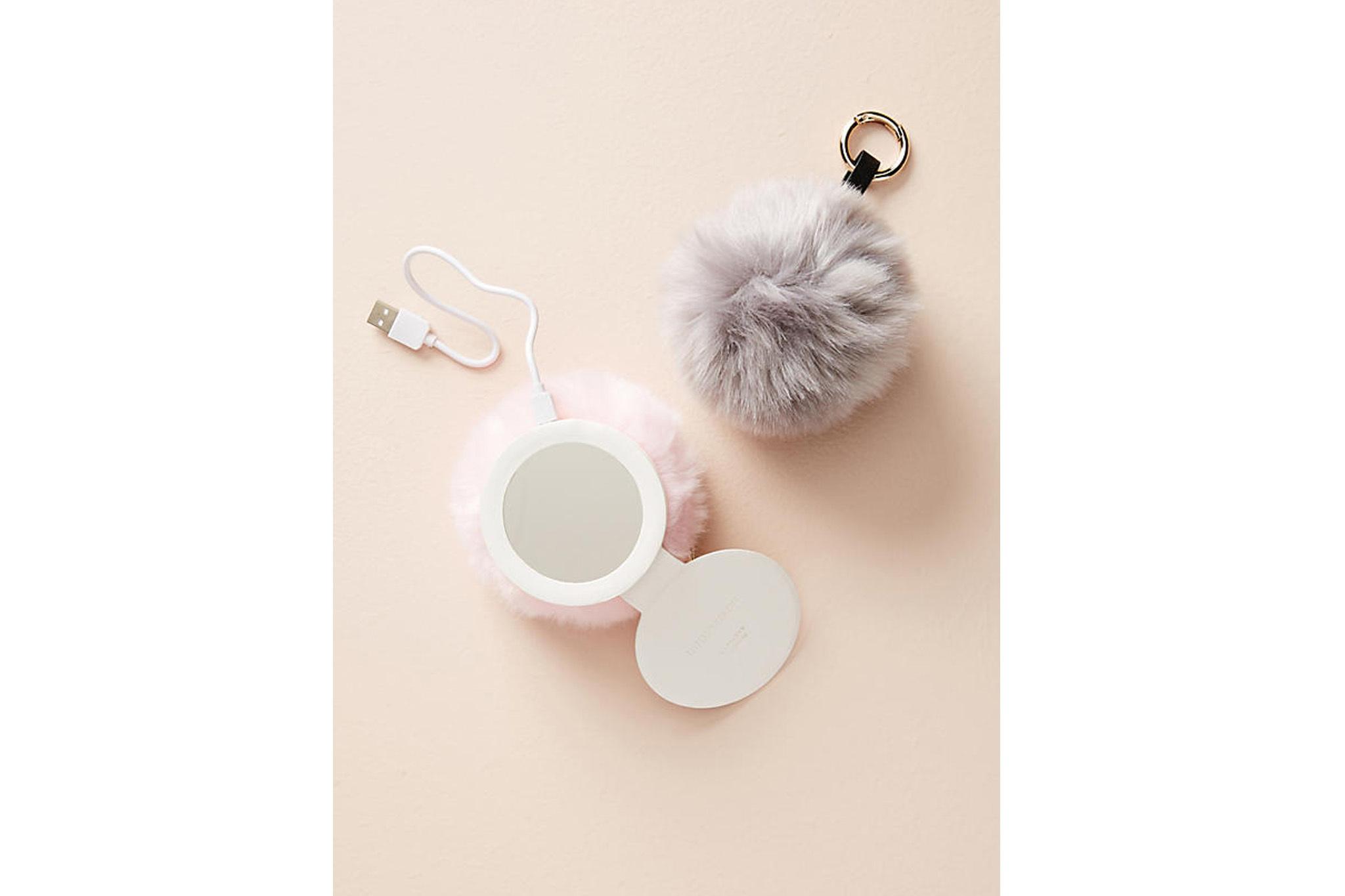 Boostcase Pompom Smartphone Charger