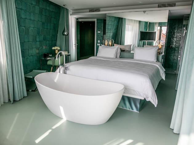 WC Beautique Hotel: um quarto de banho na Almirante Reis