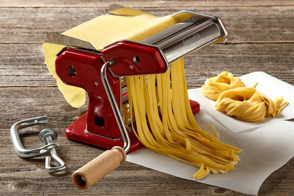 Williams Sonoma Imperia Pasta Machine