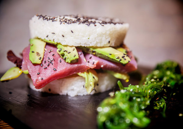 Hamburguesa de sushi Amargo Place to Be