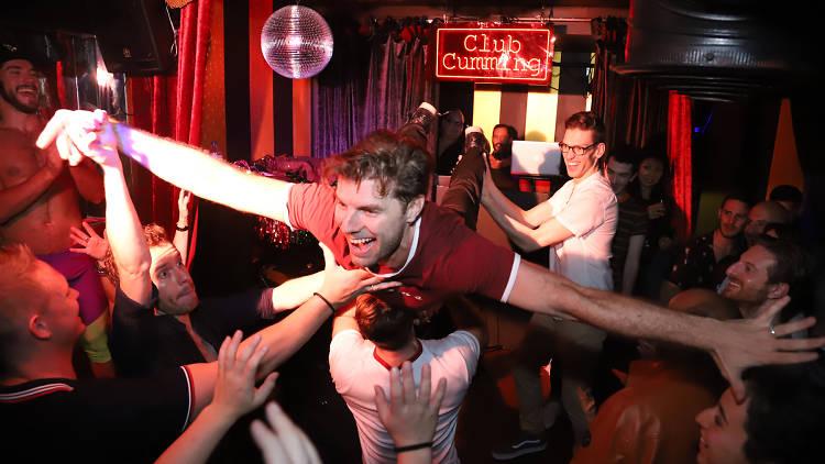 Club Cumming, Lance Horne