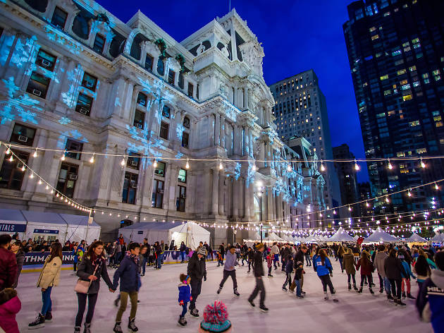 deck the hall light show dilworth park