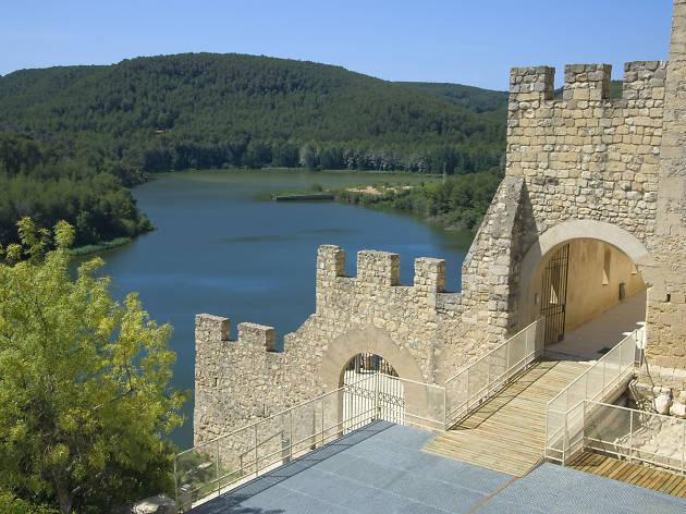 Escapada al Alt Penedès: castillos y viñedos cerca del Foix