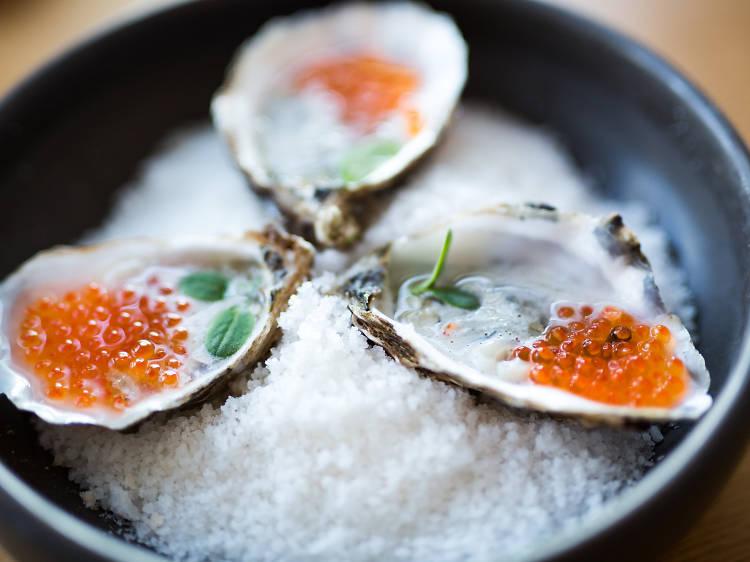 Três sítios para comer ostras no Porto