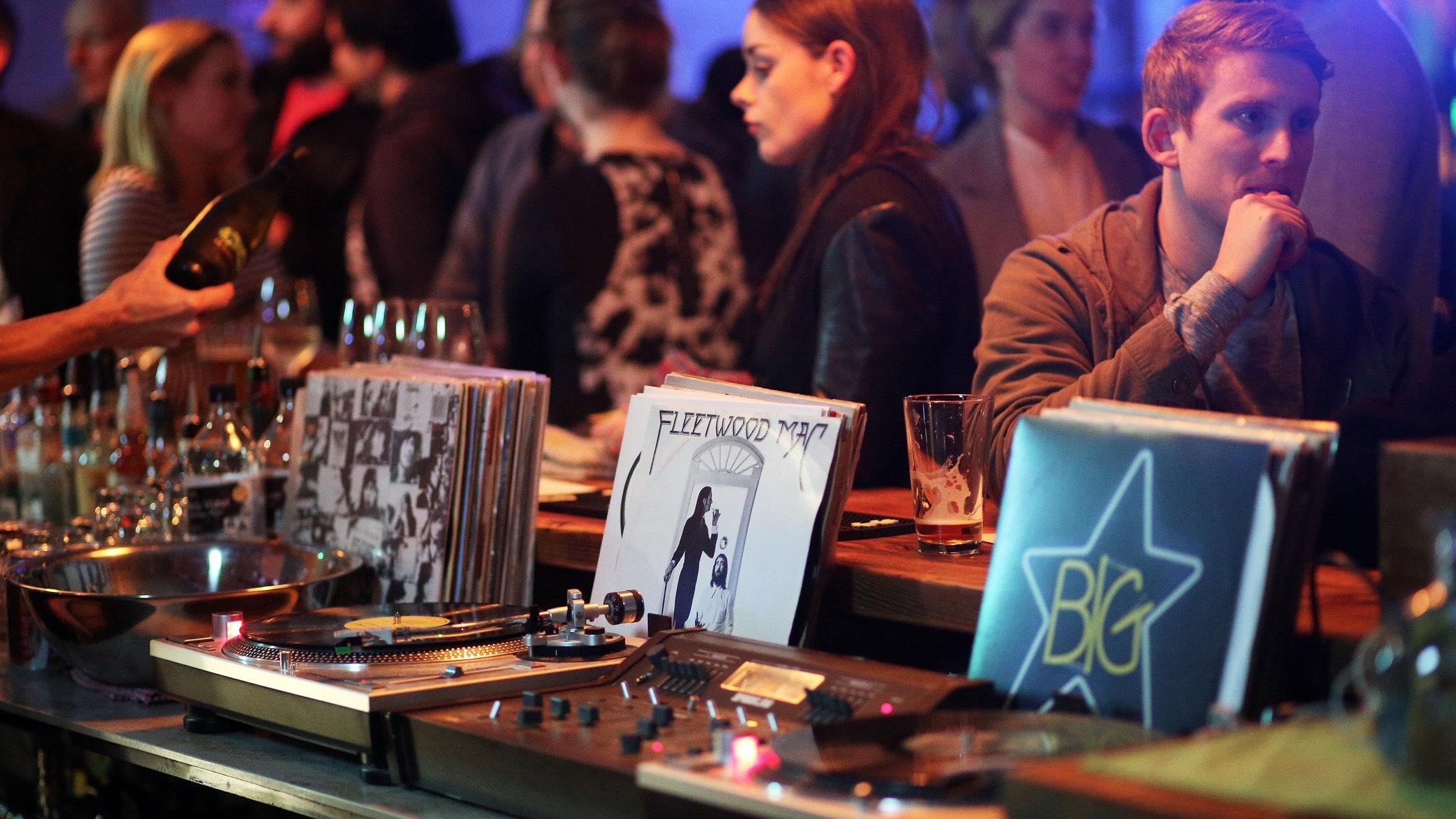 Record Vinyls at Lulie St Tavern