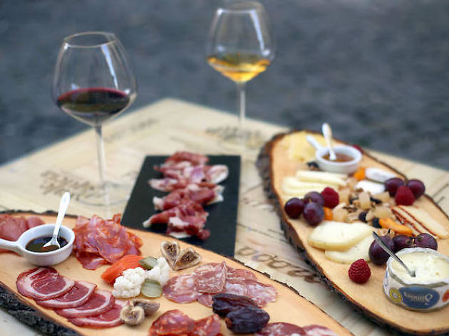 Wine tours- Wine and tapas tasting