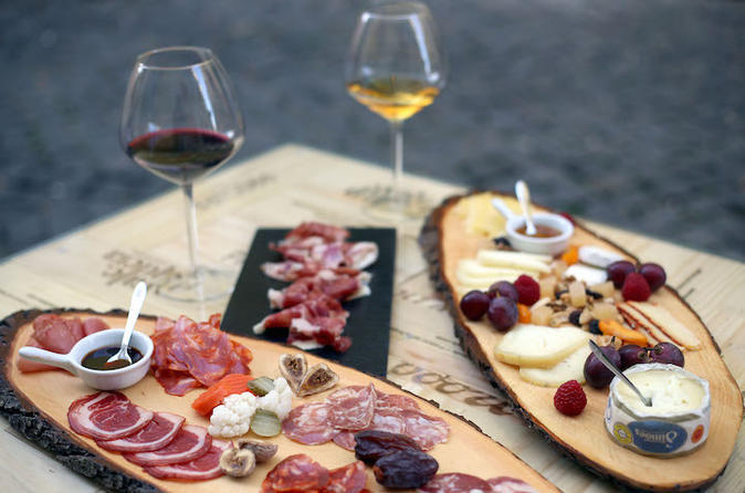 Wine tours- Wine and tapas tasting