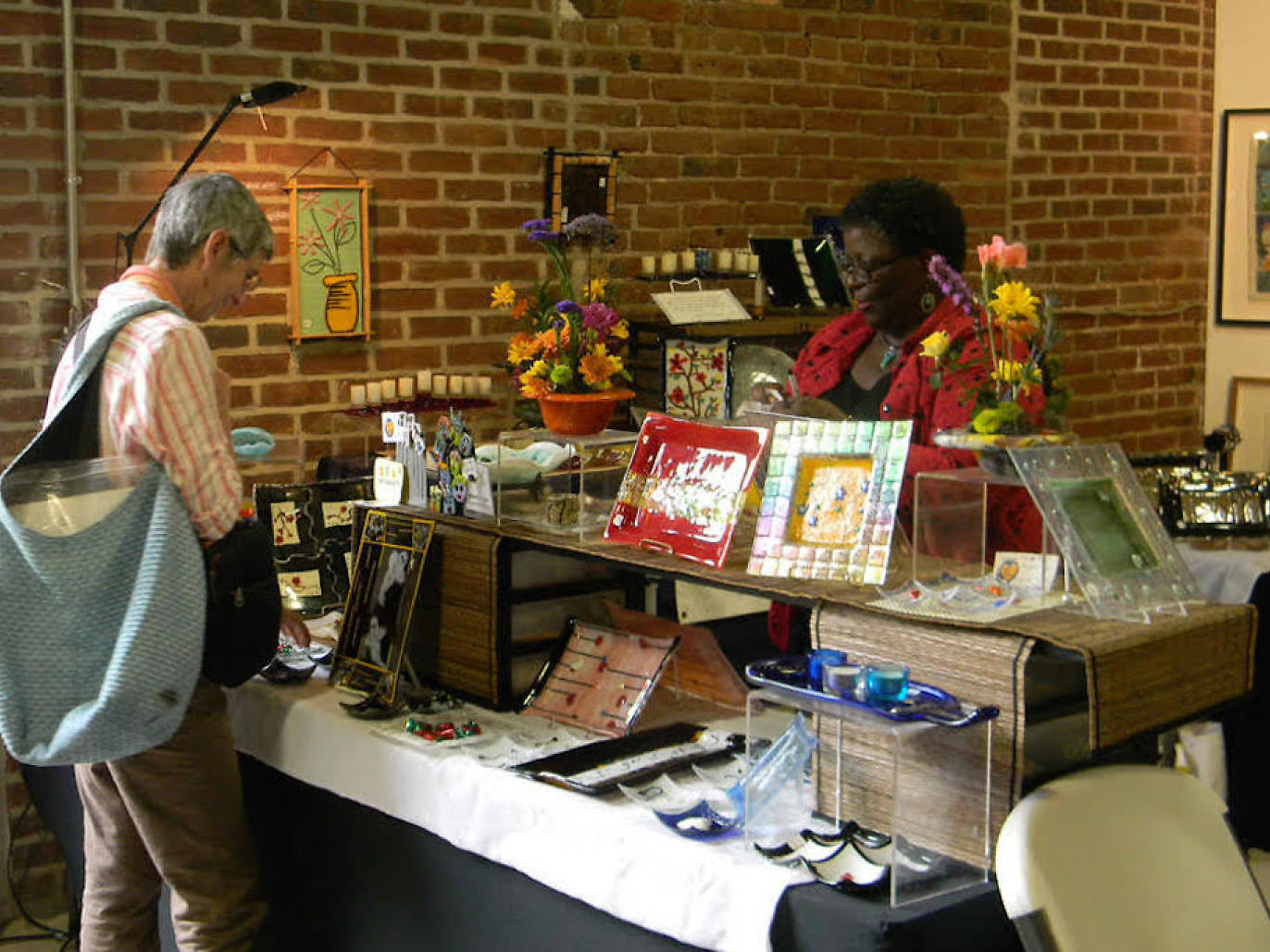 Mt Airy Art Garage Holiday Market