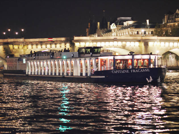 Dinner cruises- Seine river cruise with three-course dinner