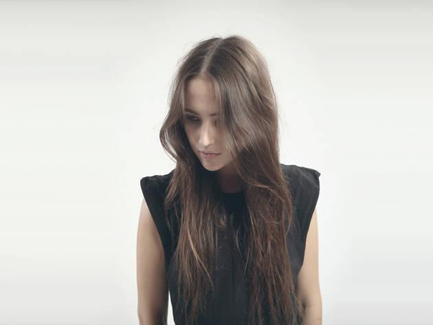 Bella Sarris