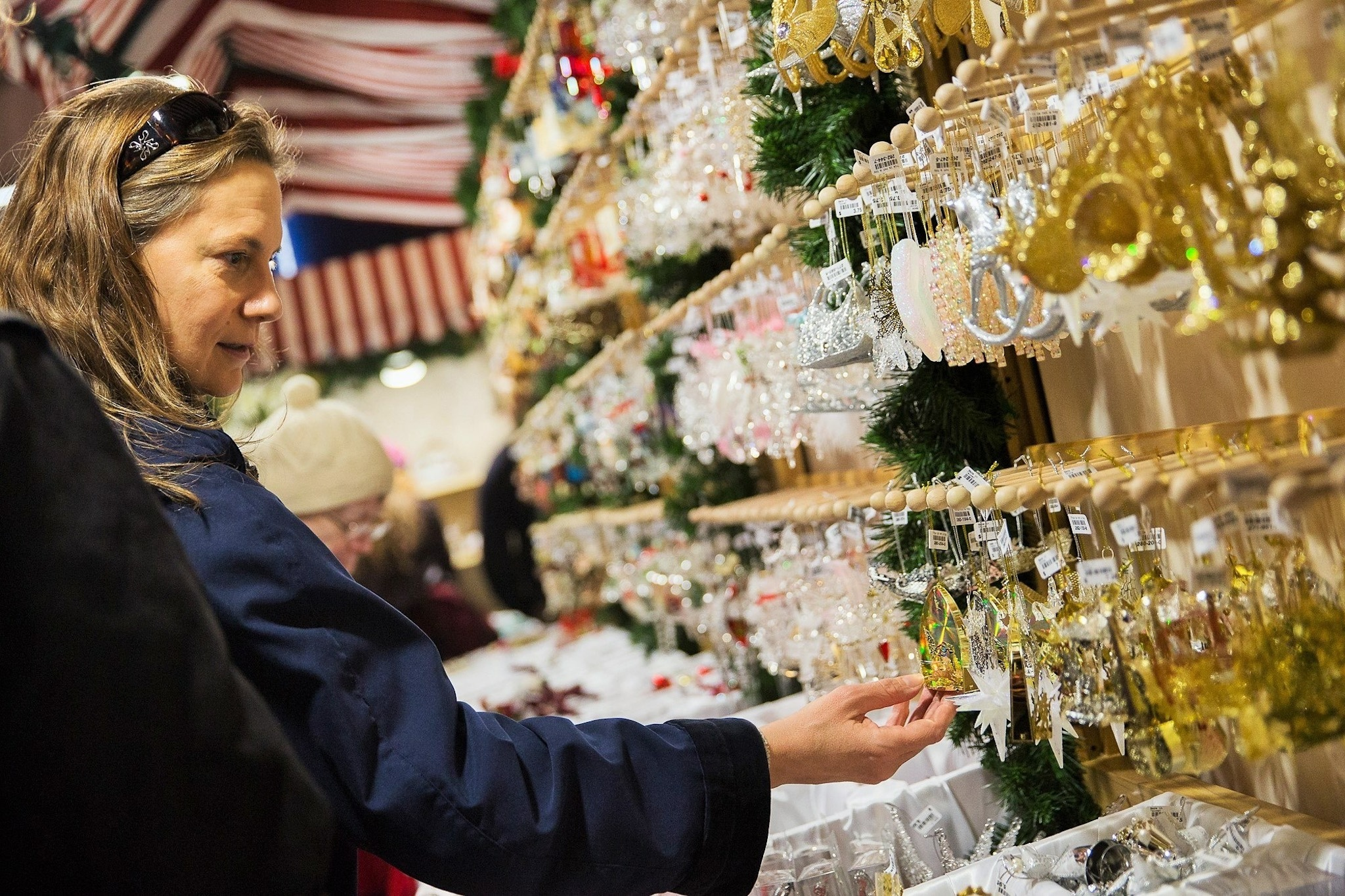 Shop at these festive Christmas markets in Philadelphia
