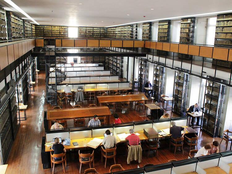Bibliotecas e arquivos