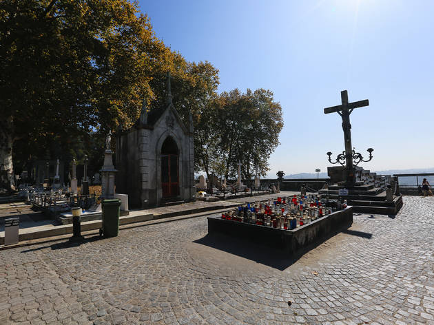 Visite o Cemitério do Prado do Repouso