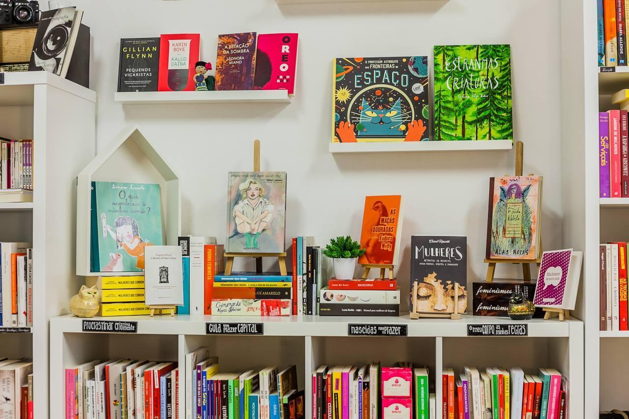 A Confraria Vermelha Livraria de Mulheres só vende livros escritos por mulheres