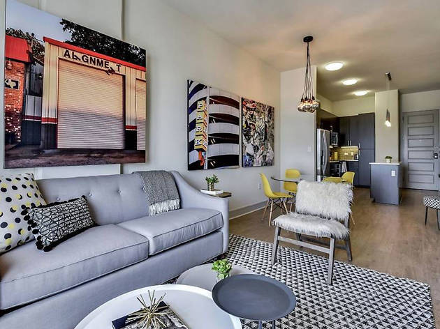 Airbnb downtown condo