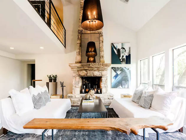 Airbnb modern oasis