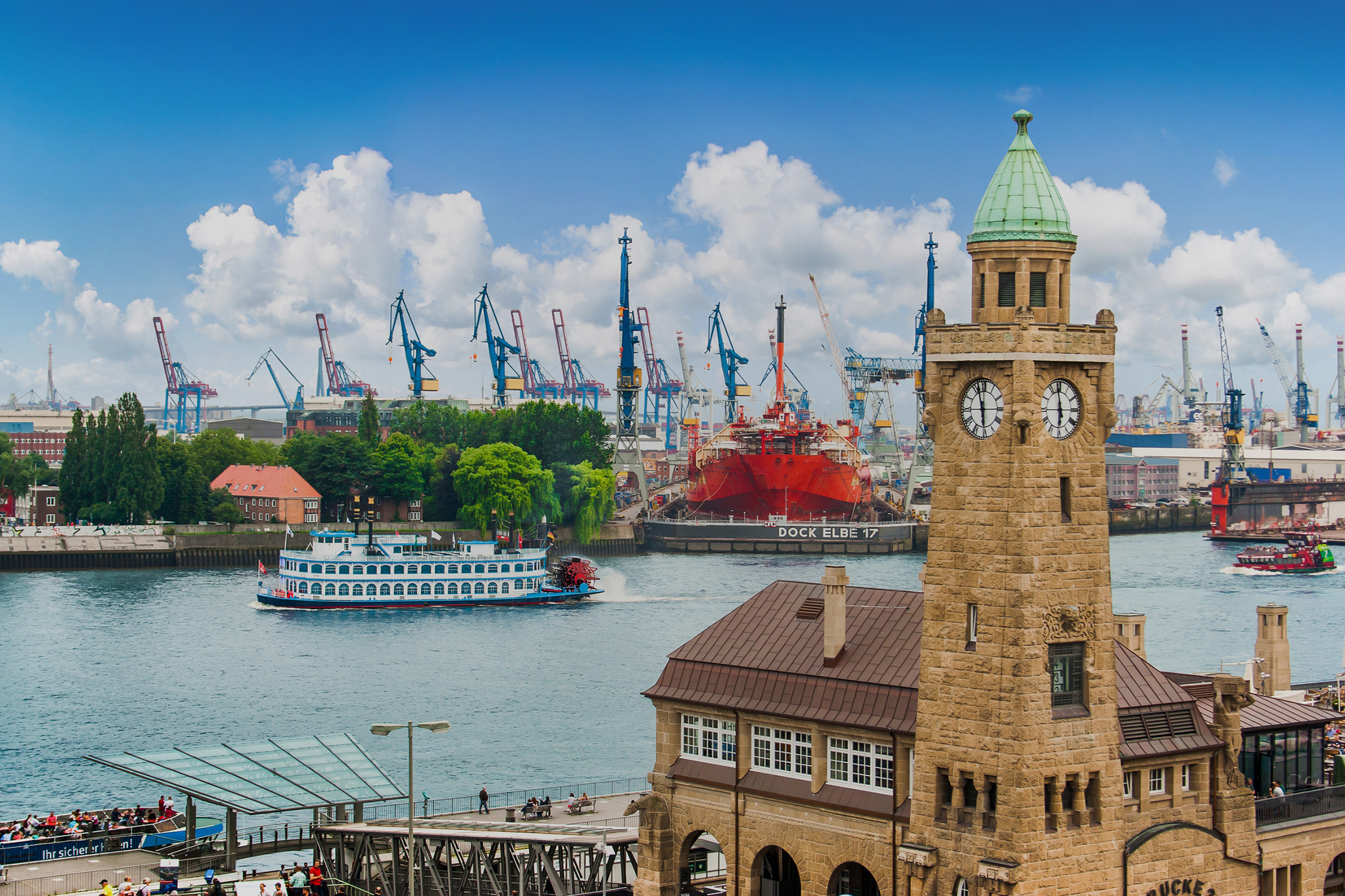 Top Hamburg tours to explore the city