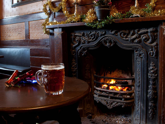 the holly bush, cosy pubs
