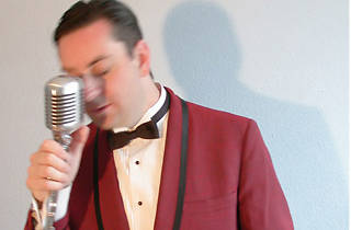 Richard Cheese Joins Lounge Against the Machine on Stage