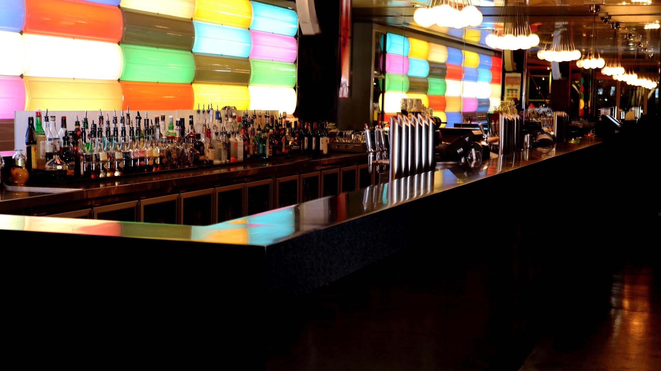 Bar at Cruise Bar