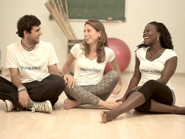 Mainasons: Canta i balla amb la Nia, la Mel i en Ton!