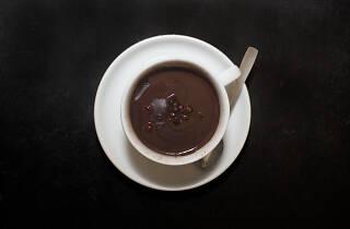 chocolate quente pinguim