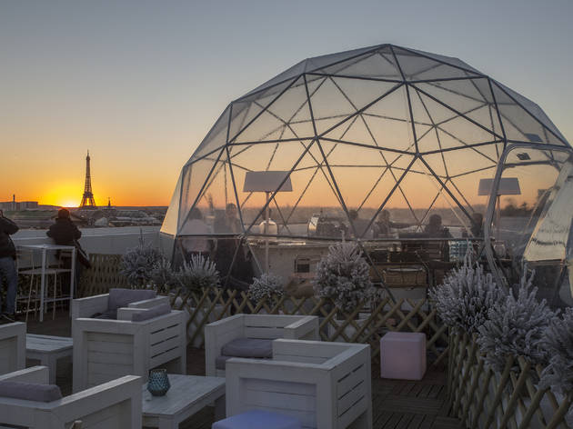 Galeries lafayette shopping in chauss e d 39 antin paris for Kube hotel london